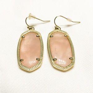 Kendra Scott Jewelry - EUC Kendra Scott Elle Earrings Rose Quartz Gold